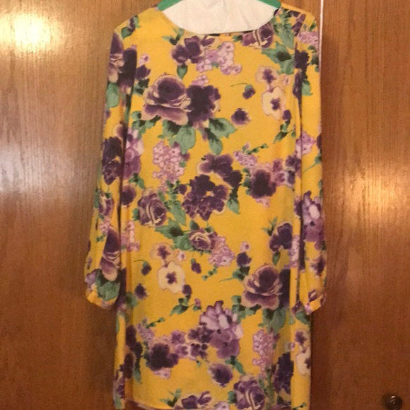 Charlotte Russe Dresses & Skirts - Charlotte Russe yellow dress with purple flowers